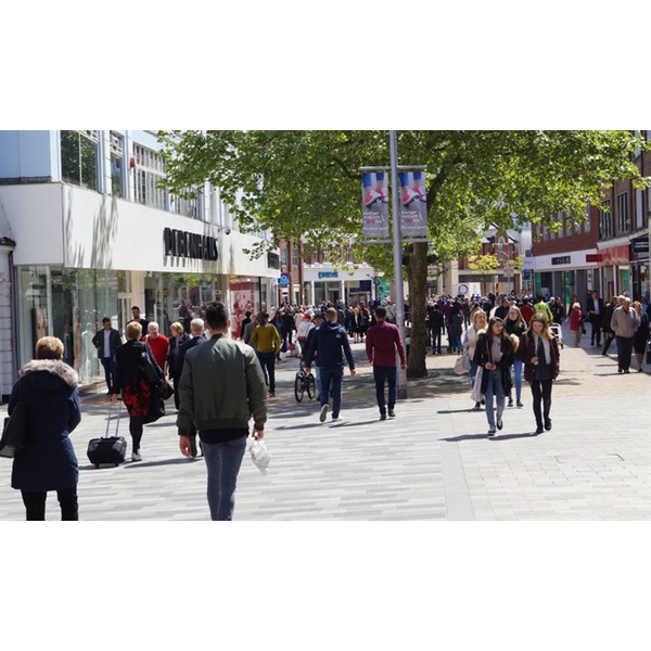 Chelmsford High Street people (pre-Covid19)